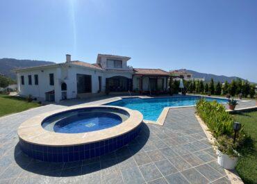 Villa Skylark